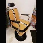 Sessel / Sitze / Stühle